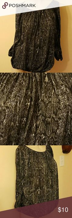 Faded glory Gray and black print top Gray and black print top, 100% polyester Faded Glory Tops