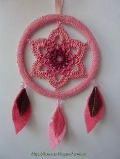 Mandalas En Crochet                                                                                                                                                                                 Más Applique Stitches, Basic Crochet Stitches, Thread Crochet, Love Crochet, Irish Crochet, Diy Crochet, Crochet Butterfly, Crochet Flowers, Macrame Patterns