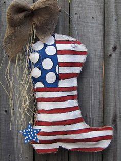 Burlap Cowboy Boot Burlap Door Hanger     Would be way cuter on wood!!!! @Jolie Riding Thomas