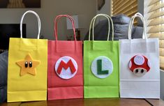 Check out our mario party favors selection for the very best in unique or custom, handmade pieces from our shops. Super Mario Bros, Super Mario Birthday, Mario Birthday Party, Super Mario Party, Boy Birthday, Mario Kart, Mario Y Luigi, Moldes Para Baby Shower, Mario Brothers
