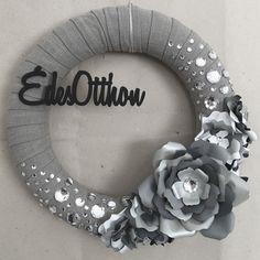 #wreath #wreaths #wreathmaking  #homedecor #handmade #diy #craft #tmoni_crafts #tmoni_diy #tmoni_wreaths #toth_lanyok_moni #welcome #sweethome #paperflower