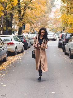 #streetstyle #makeup #run #coat #autumn