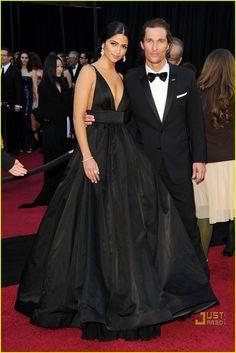 Camila Alvez - Kaufman Franco dress, Stuart Weitzman shoes, Lorraine Schwartz jewelry and Kotur bag.