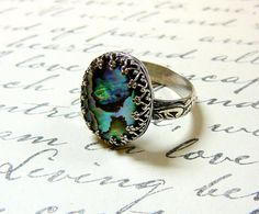 Vintage Sterling Silver Floral Band Ring with Paua Shell and Tiara Crown like bezel
