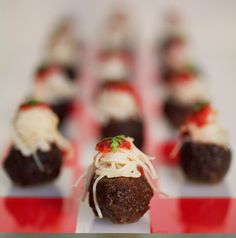 What a neat idea for an Italian themed hors d'oeuvre. Mini meatballs and spaghetti!