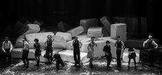 A tragédia latino-americana, direção de Felipe Hirsch