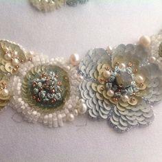 Архивы.Фрагмент создания колье.Авторская вышивка.#пайетки #вышивка #колье#цветы #жемчуг#украшения #embroidery #fashion_embroidery #swarovsky