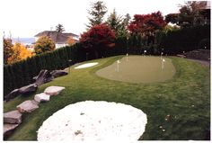 SYNLawn putting green, fringe & lawn install in Seattle, WA by Blessing Landscapes