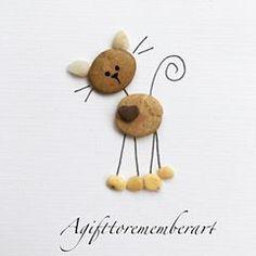 Cute little cat handmade pebble card . - Cute little cat handmade pebble card … - Stone Crafts, Rock Crafts, Diy And Crafts, Crafts For Kids, Arts And Crafts, Pebble Painting, Pebble Art, Stone Painting, Art Pierre