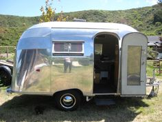 Our first Airstream was like this one . It was a 1962 Bambi. She was a real looker. Tiny Trailers, Vintage Campers Trailers, Retro Campers, Airstream Trailers, Vintage Caravans, Airstream Bambi For Sale, Vintage Airstream, Cool Campers, Happy Campers
