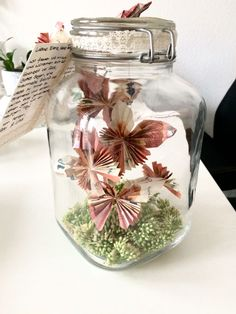 Money gift wedding butterflies jar mason jar vintage gift present . Money gift wedding butterflies jar mason jar vintage gift gift idea – # money gifts Source by Diy Wedding, Wedding Favors, Wedding Gifts, Wedding Dress, Wedding Vintage, Diy Ballon, Butterfly Wedding, Vintage Gifts, Diy Gifts