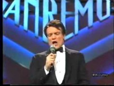 """E' il 1988 quando Massimo Ranieri , Giovanni Calone all'anagrafe, dopo circa dieci anni dedicati prevalentemente al teatro, decide di rimettersi in pista come cantante. Si presenta al 38° Festival di Sanremo con """"Perdere l'amore"""" un brano scritto da Marcello..."""