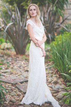 Romantically Elegant Garden Wedding Ideas - Polka Dot Bride   Photo by Michael Boyle http://www.michaelboylephotography.com/