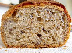 Ca să-mi conving copilul sa ia cu el la facultate paine de casa, a trebuie sa compun o formula cu cele pe care le accepta in dieta lui. Ideea a fost super pentru ca i-a placut painea si, in sfarsit…