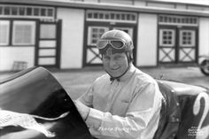 Floyd Roberts wins Indy in 1938 but sadly is killed at the track one year later.