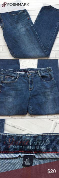 "Tommy Hilfiger Women's Medium Wash Plus Size Jeans Tommy Hilfiger ""Spirit Crop"" Jeans Size 14  Waist: 18"" Rise: 10"" Inseam: 26""  Smoke free home  C-122 Tommy Hilfiger Jeans"