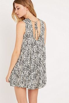 Ecote Clary Open Back Dress in Ivory - Urban Outfitters