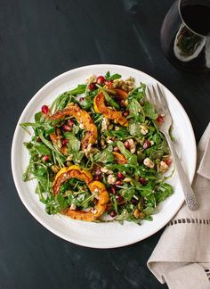 A marvelous vegetarian salad featuring roasted delicata squash, pomegranate arils, fresh arugula, pepitas and feta tossed in a maple balsamic vinaigrette. Healthy Salad Recipes, Vegetarian Recipes, Cooking Recipes, Vegetarian Salad, Delicious Recipes, Diet Recipes, Recipies, Tasty, Vinaigrette