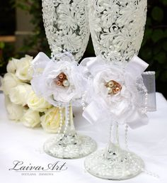 Personalized / Wedding / Champagne Flutes / Bridal Shower Gift - pinned by pin4etsy.com