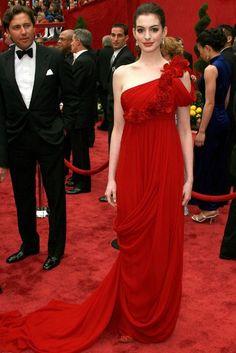 Anne Hathaway in Marchesa Oscars 2008