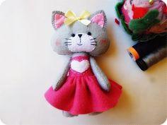 Tutorial Felt Craft /Gatinha de Vestido/ Cat /Feltro Lembrancinhas