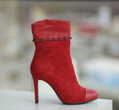 Botine rosii cu toc stiletto elegante Boots, Fashion, Crotch Boots, Moda, Fashion Styles, Shoe Boot, Fasion