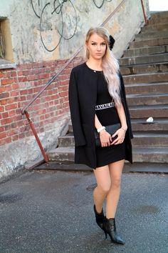 NANI KAROLIINA - BE YOURSELF : StreetFashion Street Art, Street Style, Street Fashion, Sweaters, Dresses, Urban Apparel, Gowns, Sweater, Street Style Fashion