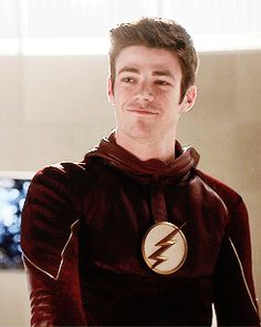 The Flash -  Grant Gustin as Berry Allen #Grant Gustin #Barry Allen #gif