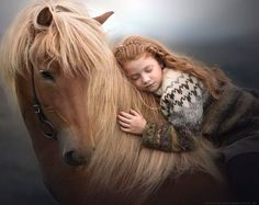 Russian Photographer Captures Stunning Photos Of Kids And Their Pets, including this girl and her horse. Pretty Horses, Horse Love, Beautiful Horses, Animals Beautiful, Horse Girl Photography, Equine Photography, Animal Photography, White Photography, Photography Tips