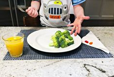 15 Super Easy April Fools' Day Pranks to Play on Your Kids Easy April Fools Pranks, April Fools Day, Good Pranks, April 1st, Holiday Fun, Holiday Crafts, Super Easy, Kids Playing, Marie Kondo