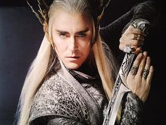 The One Ring Forums: Tolkien Topics: Movie Discussion: The Hobbit: Thranduil's weapons and fighting style (Lurker in the Mirk) Those rings!!!