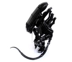Holy crap! The things people can do with legos just kills me, like a xenomorph bursting forth from my chest...