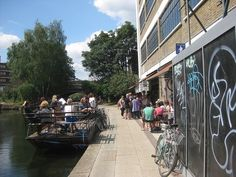 Visit the TOWPATH CAFE - and imagine living on a canal boat on Regents Canal, Haggerston