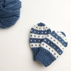 Ravelry: FanaBaby pattern by Tonje Haugli Baby Barn, Kids And Parenting, Mittens, Ravelry, Knitted Hats, Winter Hats, Knitting, Pattern, Crafts