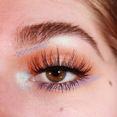 More dots! Oops.  Oh and only kind of sorry about the skin, I've decided I'm not going to smooth that out anymore. We all have texture, scars, and imperfections, and that's totally okay!  These beautifullll lashes are @luxylash in Homegirl and the blue sparkle is Saphyre from @katvondbeauty Alchemist Palette