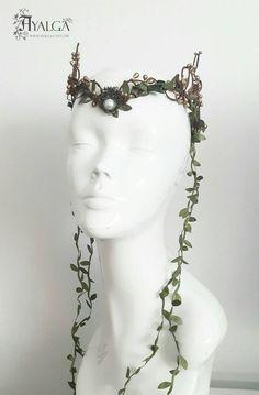 Woodland elf tiara – elven headpiece – fairy crown- statement jewelry – Famous Last Words Fairy Cosplay, Elf Cosplay, Bridal Tiara, Bridal Headpieces, Woodland Elf, Woodland Fairy Costume, Elven Princess, Fairy Crown, Crystal Crown
