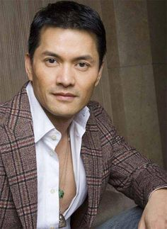 """Ray Lui was born in a Hoa family in Vietnam in 1956. His father, a businessman, moved from China to Vietnam in the 1940s. In 1967, during the Vietnam War, Lui moved to Hong Kong with his family and was encouraged by his father to join an actors' training class.[1] He enrolled in TVB's Artists Training Class in the 1970s and began acting playing """"Ting Lik"""" in the period television series The Bund, co-starring with Chow Yun-fat and Angie Chiu."""