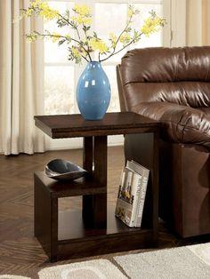 Signature Design Callum Drk Brwn Finish Chairside End Tbl T670-7