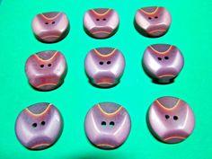 """(9) 7/8"""" DECORATIVE PURPLE TONES PLASTIC 2-HOLE BUTTONS VINTAGE LOT (N971)"""
