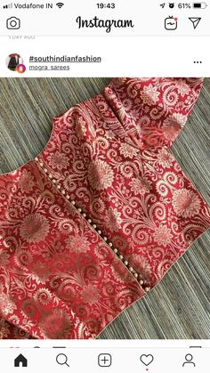 For blue kanjeevaram – Blouse 2 Brocade Blouse Designs, Saree Blouse Neck Designs, Brocade Blouses, Simple Blouse Designs, Stylish Blouse Design, Designer Blouse Patterns, Bridal Blouse Designs, Indian Blouse Designs, Latest Blouse Neck Designs