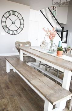 Cool 30+ Rustic Farmhouse Table Ideas To Use In The Decor #refurbishedtable Kitchen Table Bench, Farmhouse Dining Room Table, Dining Table With Bench, Farmhouse Bench, Rustic Bench, Diy Table, Farmhouse Design, Coastal Farmhouse, Modern Farmhouse Table