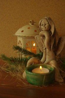 Socha - anjel so svietnikom - 6157880_