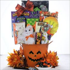 This Spooky Sweets and Treats Halloween Gift Basket will please even the pickiest trick-or-treater.