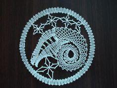 Znamení zvěrokruhu - beran Needle Lace, Bobbin Lace, Lace Heart, Lace Jewelry, Lace Making, Lace Detail, Dream Catcher, Lab, Butterfly