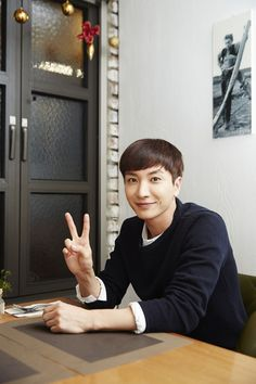 Super Junior's Leeteuk reveals his thoughts on marriage.