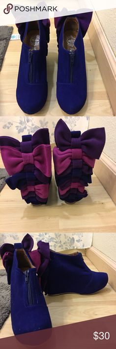 jeffrey campbell ibiza size 7.5  never worn  blue suede with cute bows  Jeffrey Campbell Shoes Wedges