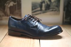 """Esquivel for Bootleg """"Kris"""" // MEN'S!! stop-you-in-your-tracks blue leather // sizes 9.5, 10"""