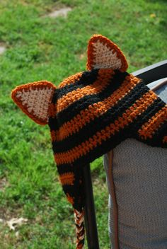 tigger hat- free pattern. If you wanted just a plain striped hat, you could leave off the ears.