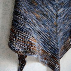 Ravelry: Country Song Shawl pattern by Gabrielle Vézina