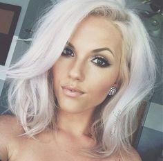 GlaMBarbiE | gorgeous white blonde #Wigsforwhitewomen